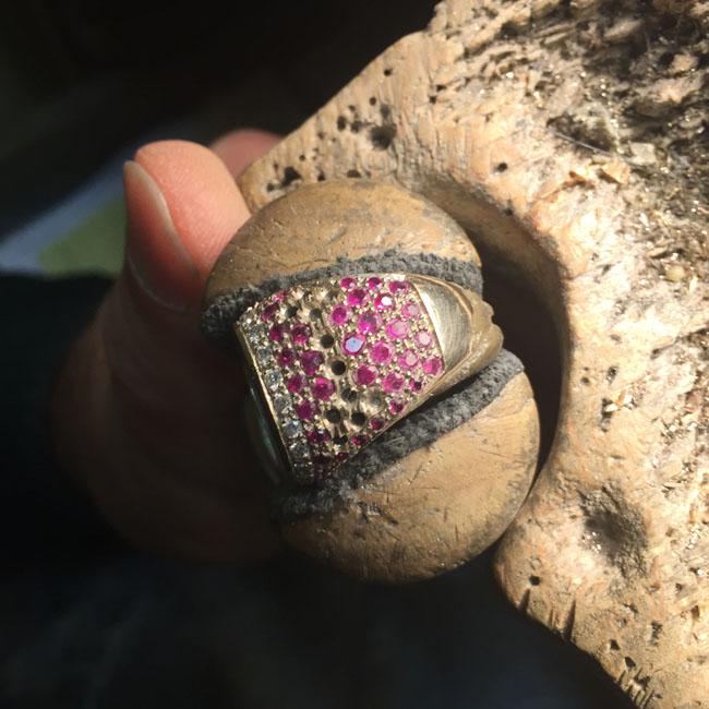 tajani anello arte dell'incassatura rubini brillanti